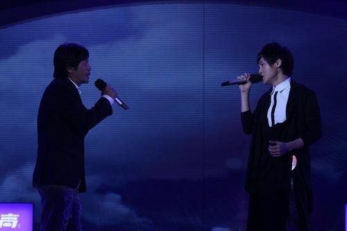 """歌坛四老将帮唱""""快男"""" 武艺送谭杰希进终极PK"""