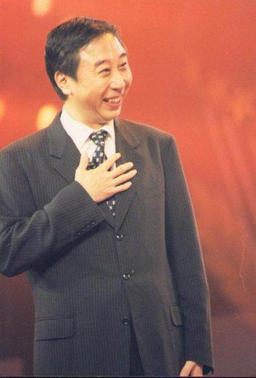 冯巩做客BTV《巨星秀》 畅谈与春晚的那些事
