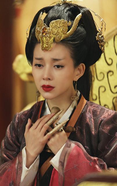 《九州天空城》刘敏虐恋 霸气女王因爱痴狂