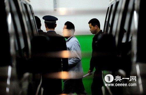 宋山木涉嫌强奸案一审 强奸罪成立获刑4年(图)