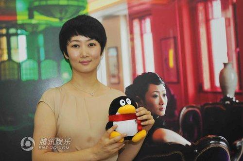 赵涛新作与张曼玉飚戏 回应鼓掌并非礼貌而已