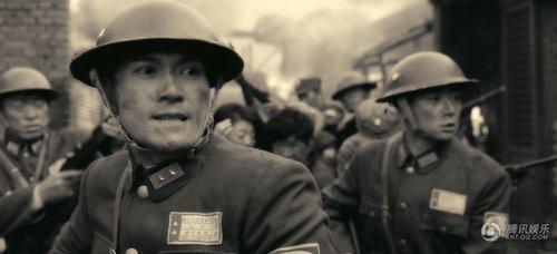 《喋血孤城》三个男人一台戏 8月19日正式上映