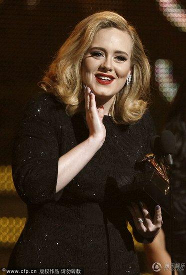 格莱美落下帷幕 Adele百发百中成为最大赢家