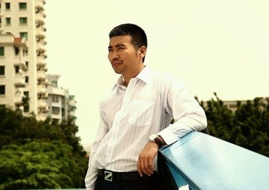 《夏家三千金》再播 李东霖戚薇演绎父女情
