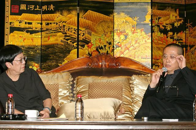 陈丹青对话许鞍华赞《黄金时代》 期待荧幕鲁迅