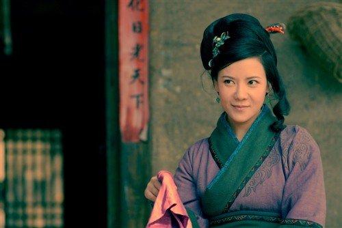 新《水浒传》热播 何佳怡王冕被称妖媚美女