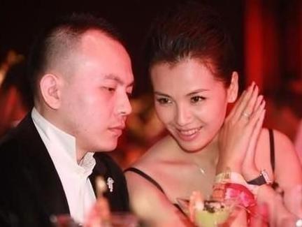 刘涛破产老公回应妻子艰辛:幸拥你才又见人间