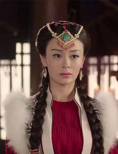 张一鸾PK张歆艺 解忧公主 谁是草原第一美女