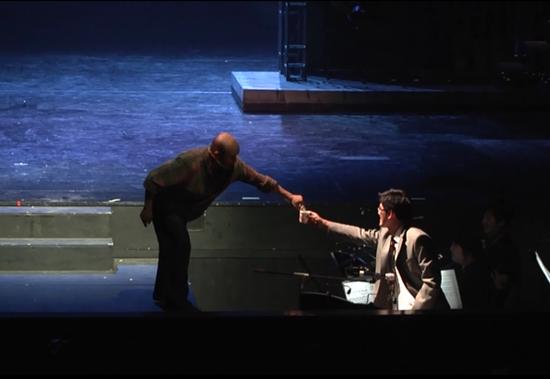 音乐剧《钢的琴》:煽情、激情、观众买账