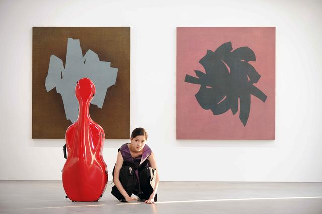 欧阳娜娜《15》大提琴演奏专辑 首发MV含泪演奏
