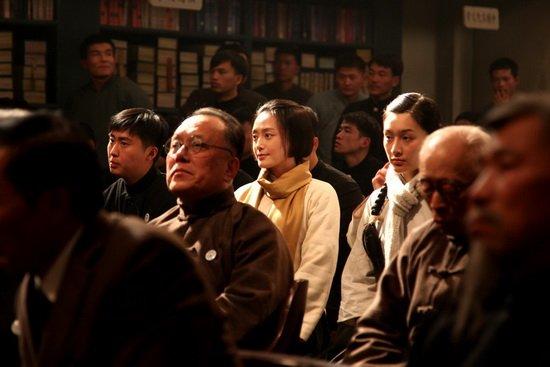 """秦岚《建党伟业》诠释""""红色浪漫""""爱国激情"""