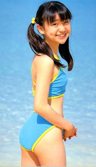 全裸小萝莉裸体裸体小萝莉日本小罗莉发肓 竖