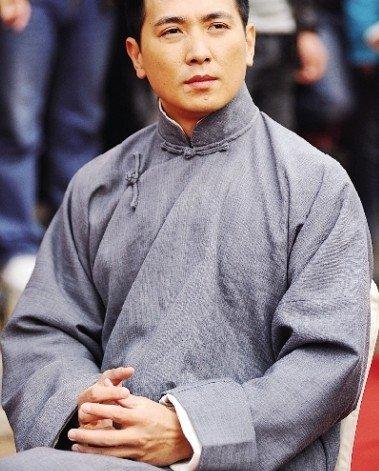 保剑锋回应质疑 称《湘江北去》是红色偶像剧