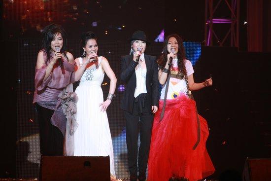 """2011给力演唱会 """"珍爱女人""""歌迷的音乐盛典"""