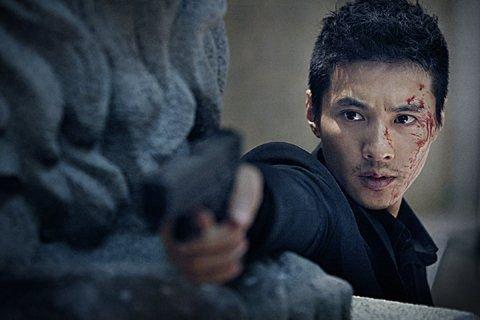 韩国票房:《大叔》连冠《看见恶魔》口味重_娱