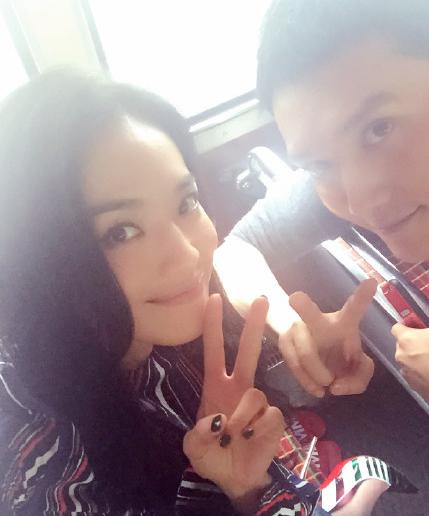 冯绍峰晒与舒淇合影 网友:乍看还以为是倪妮