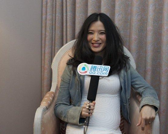 专访龚蓓苾:当妈妈很高兴 我目前觉得很美满