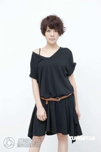 江美琪变身创作歌手 首张创作专辑《房间》问世