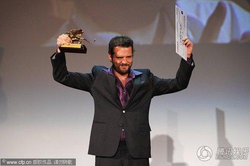 组图:威尼斯闭幕 塞伦·尤斯获未来之狮奖项