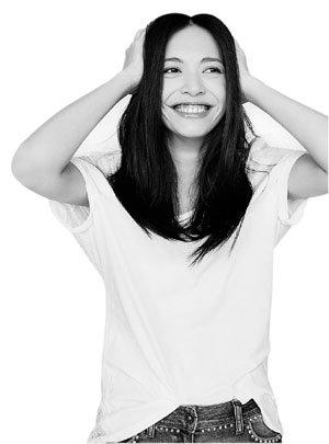咧开嘴笑这是姚晨的标志性表情 约图/记者寿鹏寰