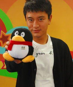 贾乃亮做客QQ游戏挑战赛