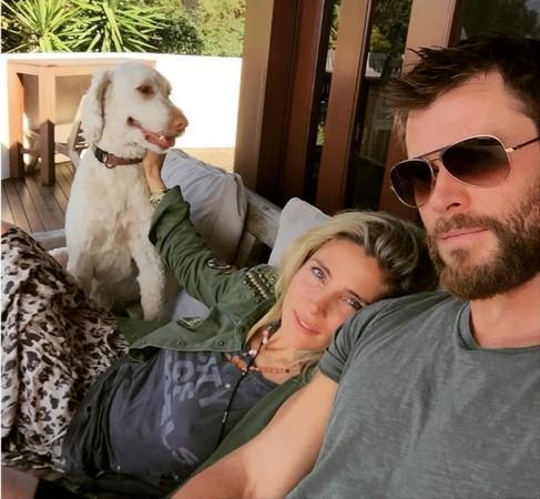 雷神6年婚姻被曝触礁 公开问老婆:还爱我吗?