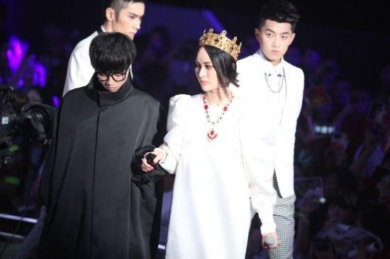 2013选秀歌手星途预测 欧豪变乖萌冠希姐姐最爱