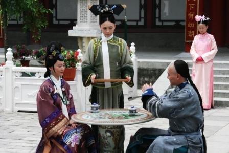 《宫》横店热拍 冯绍峰刘雪华不飙哭戏斗心机