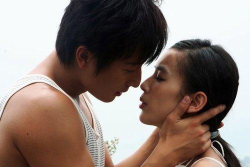 """《出水芙蓉》将映 揭秘""""刘镇伟式""""奇想多角恋"""