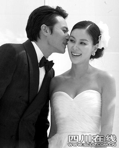 张东健与高小英奉子成婚 婚礼花掉十亿想生女儿