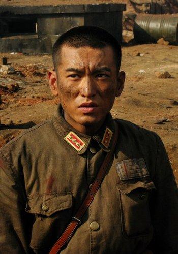 《喋血孤城》将亮相上影节 袁文康塑性格军官