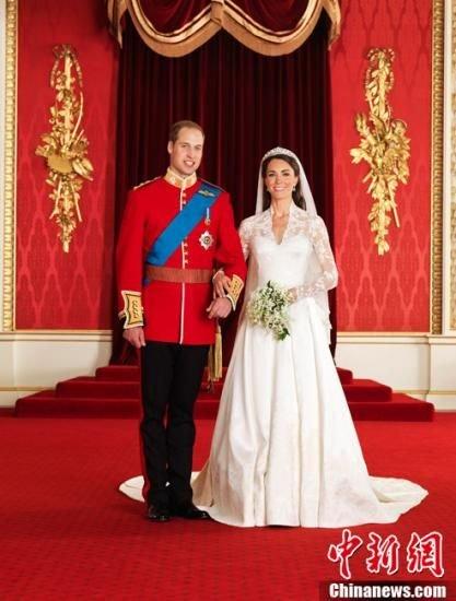 凯特10岁时反串演王子照曝光 20年后成真正王妃