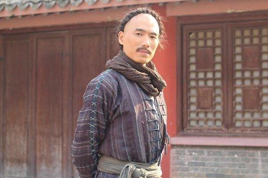 《咏春传奇》福建开播 张梓烈元彪为女徒争风图片
