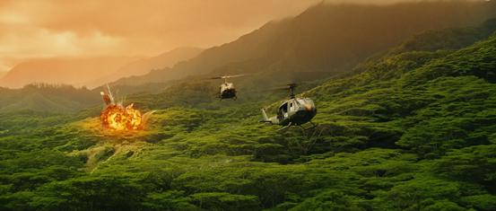 《金刚:骷髅岛》发布首款预告 金刚破坏力惊人