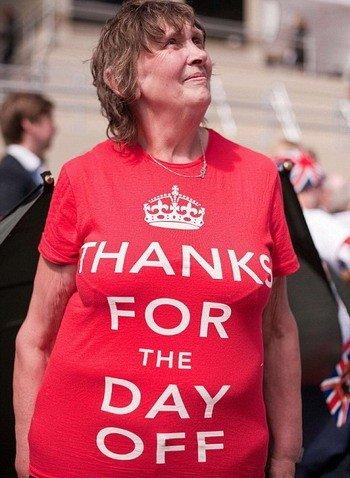 英国部分企业抵制威廉王子全民婚假 放假没工资