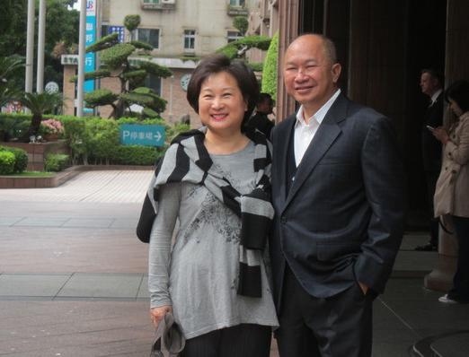吴宇森开刀四次战胜淋巴癌 首度谈起抗癌经过