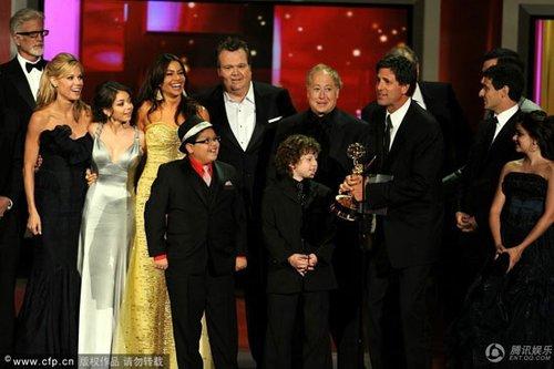 《摩登家庭》蹿红 今年艾美奖重奖新鲜货(图)
