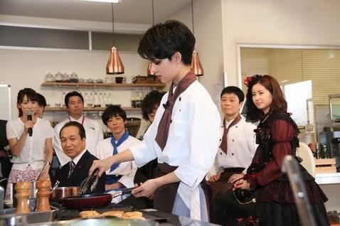 总理的料理人 刚力彩芽饰演主厨 现场做料理料理机做冰激凌,台山市