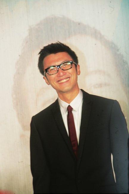 谢霆锋避谈与张柏芝离婚 在京寻访名医病情好转