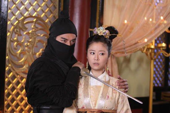 郑凯从《步步惊心》穿越到《倾世皇妃》饰韩冥