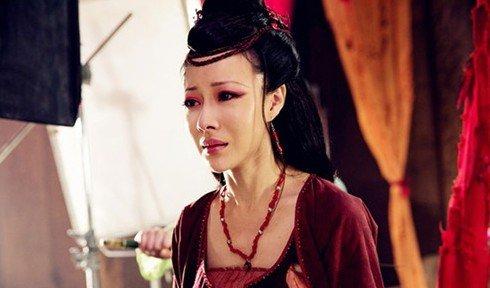 《白狐》新人成亮点 陈哈妮应战大年夜反派无压力