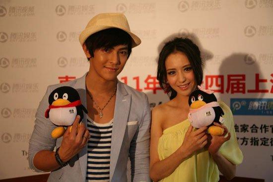 《紫宅》做客 汪东城佟丽娅首日合作即拍吻戏