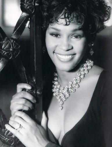 外媒:美国歌手惠特妮·休斯顿去世 享年48岁