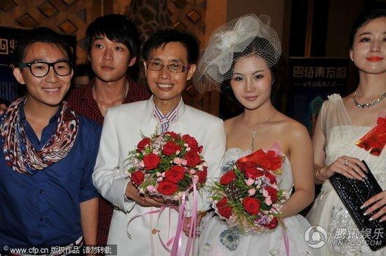 邓建国今日刑满获释 欲赴广西寻妻挽救婚姻