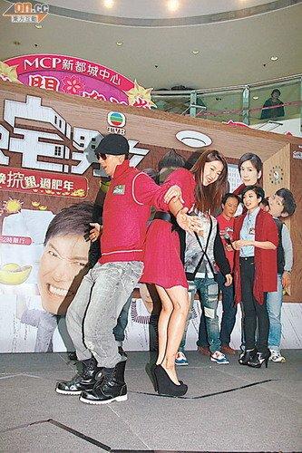吴卓羲吁粉丝放过张馨予 不要拿旧照当新闻