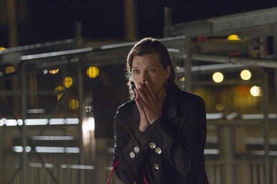 《幻影追凶》危险戏份揭秘 米拉坠桥引观众揪心