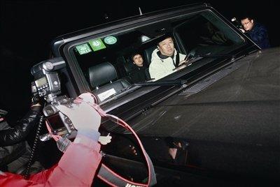 警方证实张默尚被关押 明天凌晨释放张国立扑空