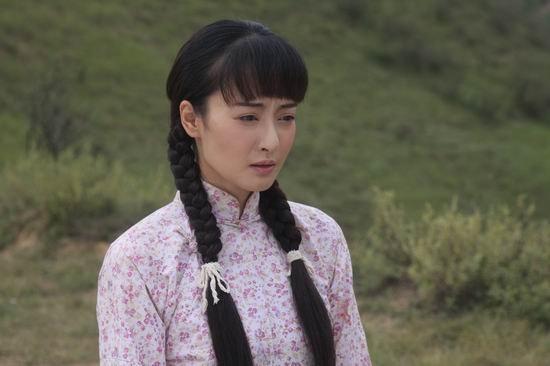 《战火西北狼》热播 朱虹情陷刘恺威谷智鑫