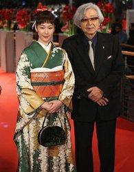 日本女星黑木华和服抢眼