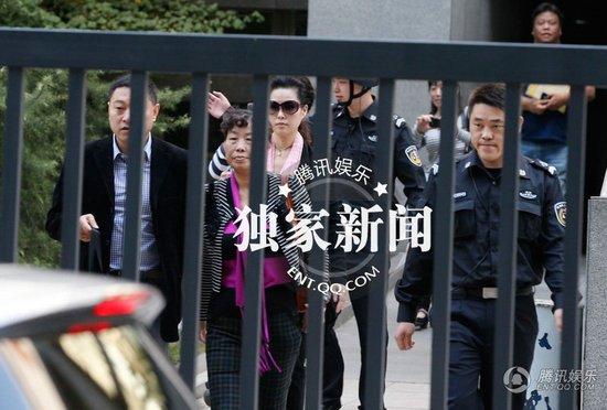 李某某案审判长首度发声 详解五人量刑区别